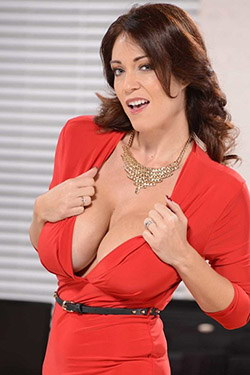 Charlee Chase pornstar profile picture