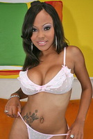 Lacey Duvalle